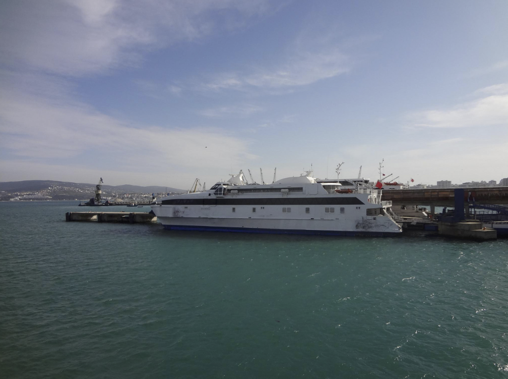 Fronteira Tanger Marrocos Ferry