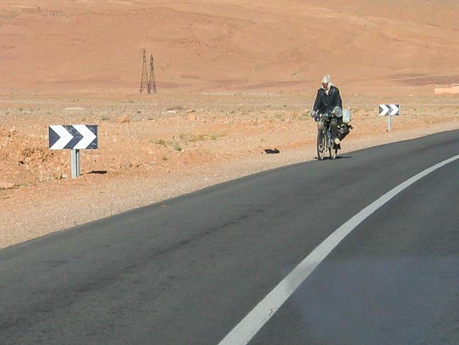 Estrada Tânger Dunas Erg Chebbii
